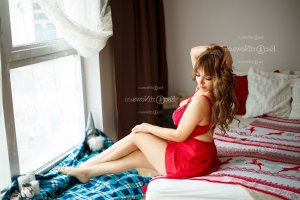 Peronne escort in Pearland TX and happy ending massage