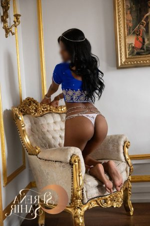 Theonie nuru massage in Storrs Connecticut
