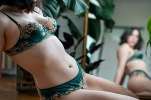 Meilyne tantra massage in Pearland Texas