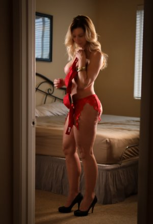 Adelphine escorts, happy ending massage